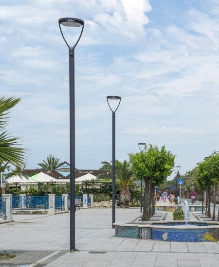Illuminazione lungomare urbano a LED lampione di design ECORAYS - AEC Illuminazione