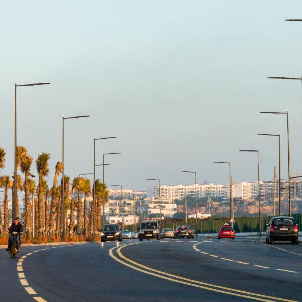 Illuminazione stradale LED con pali di design di AEC Illuminazione - STYLO