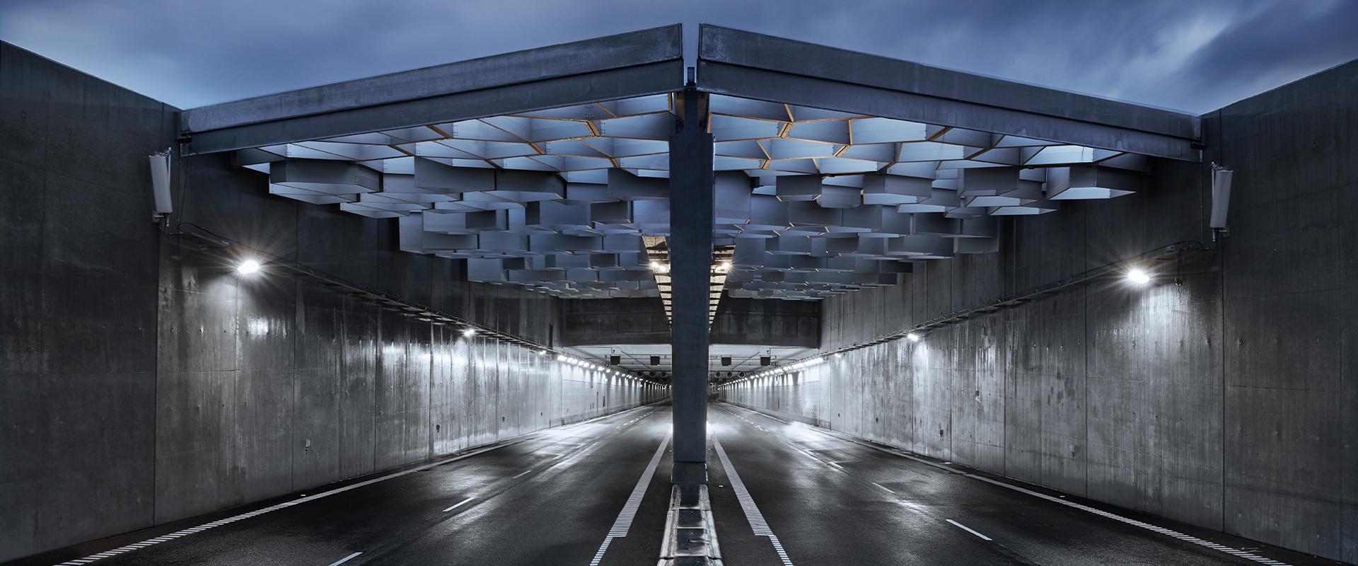 Faro a LED per illuminazione LED di gallerie.