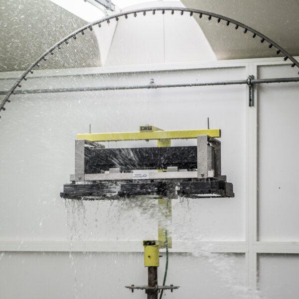 Proiettore per tunnel gallerie e sottopassi
