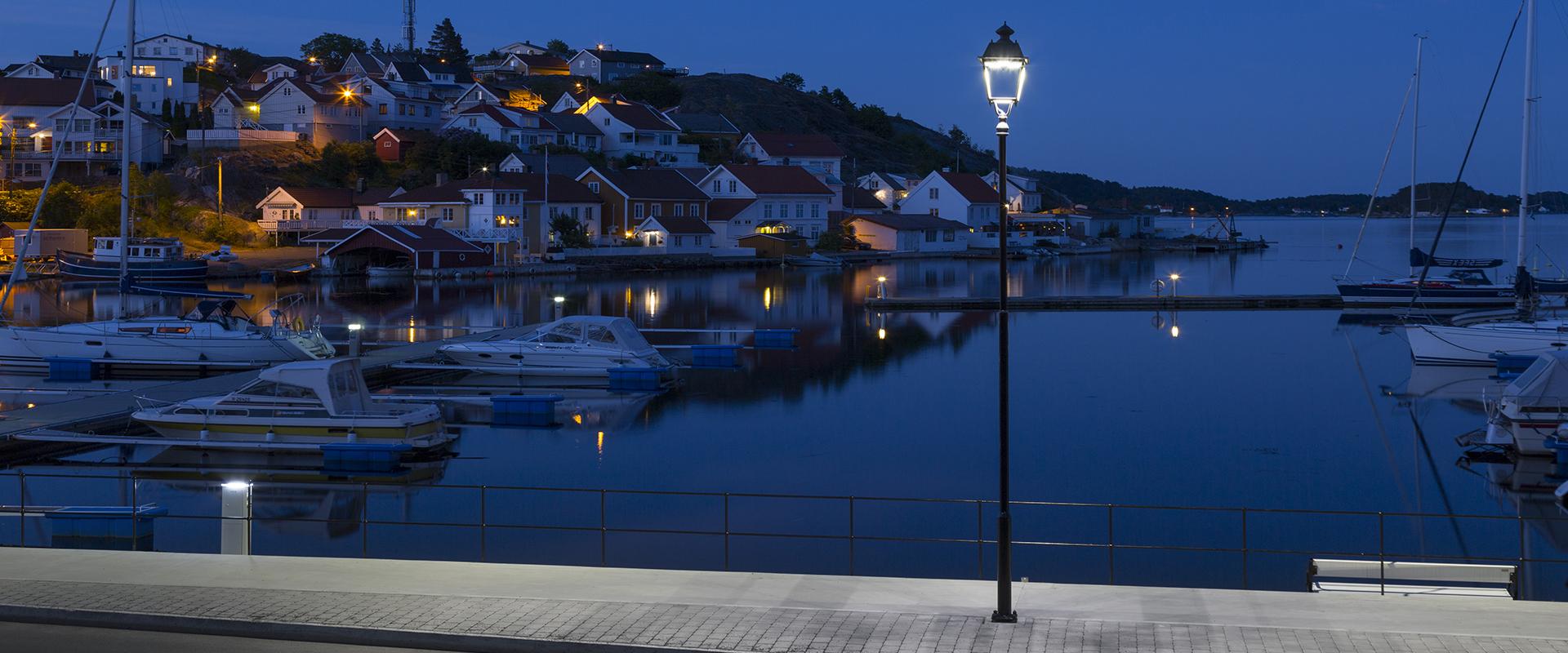 Lanterna artistica a LED per illuminazione pubblica - Siena AEC Illuminazione
