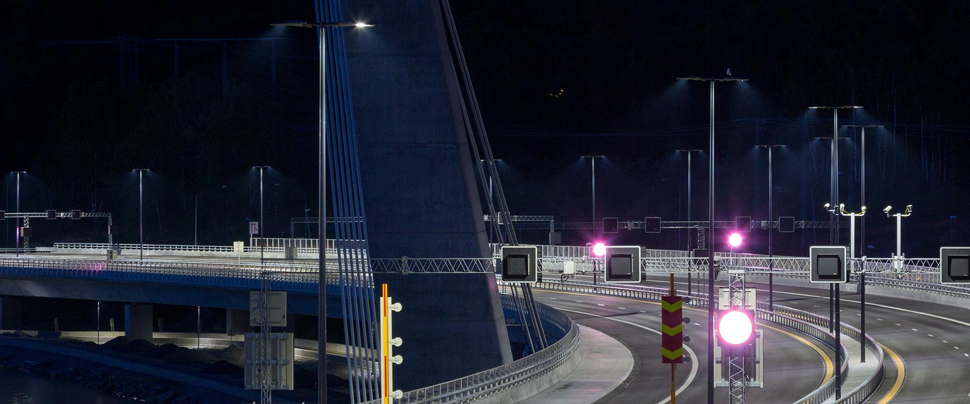 Illuminazione LED del Farris Bridge