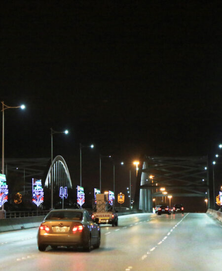 Illuminazione stradale LED di Yas Marina