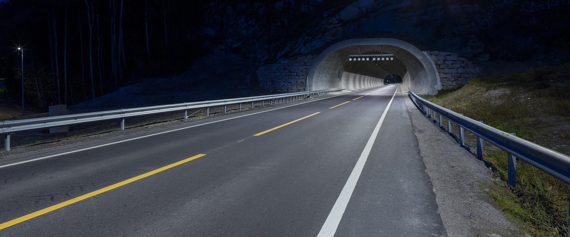 Faro LED per tunnel