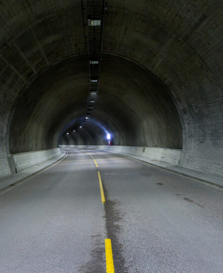 Illuminazione tunnel stradali