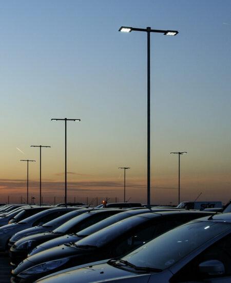Illuminazione LED parcheggi