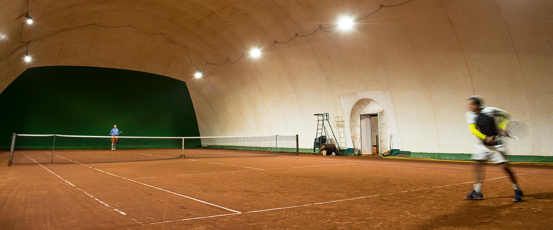 Fari LED campi tennis
