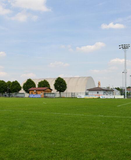 Fari LED per campi da calcio