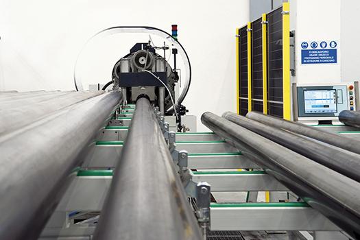 Rastrematura palo illuminazione - AEC Pole Division - Stabilimento produzione pali illuminazione pubblica