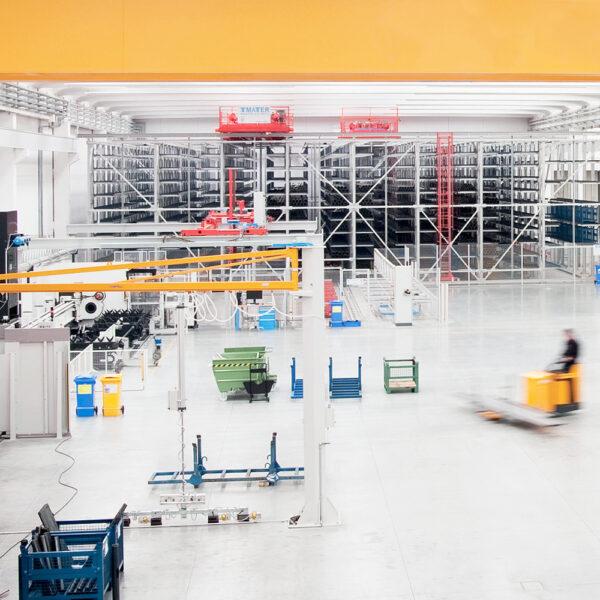 Produzione pali per illuminazione pubblica AEC Pole Division