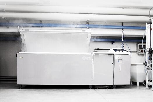 Test corrosione alla nebbia salina presso i laboratori di AEC Illuminazione